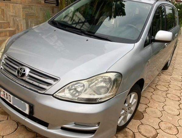 Avensis verso automatic
